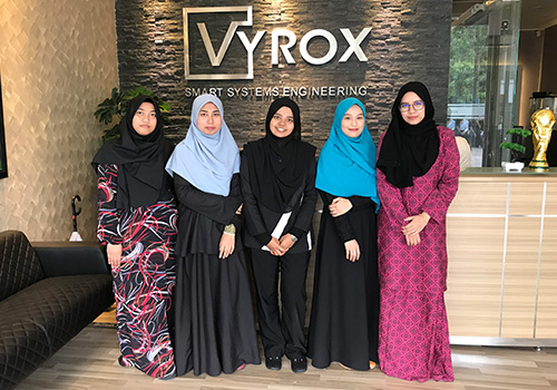 VYROX Technical Support Team 10